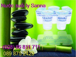 Nước suối ly Sanna
